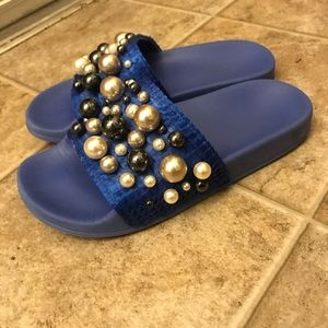 ZARA white grey pearl on blue slipper